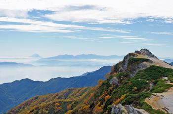 富士と燕岳山頂と800.jpg